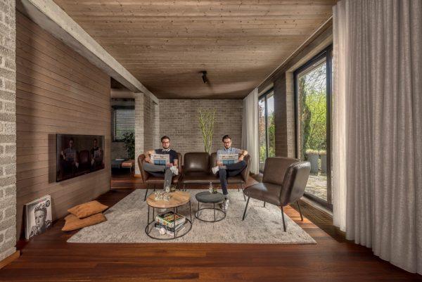 Reliisa Schuffle JESS design Winner Interior